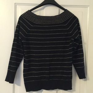 Gold stripes black sweater